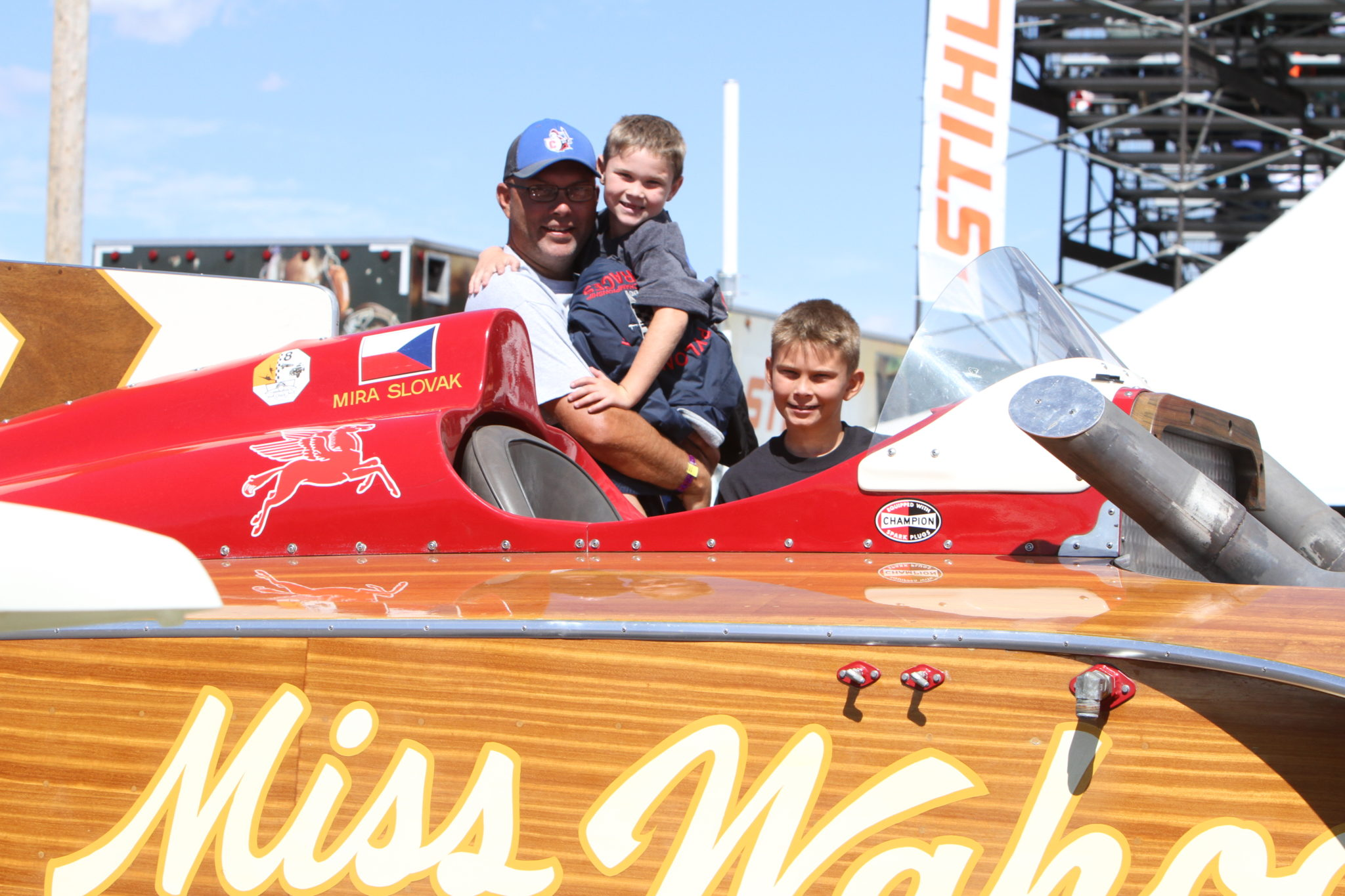 What Makes the Reno Air Races a Family Event