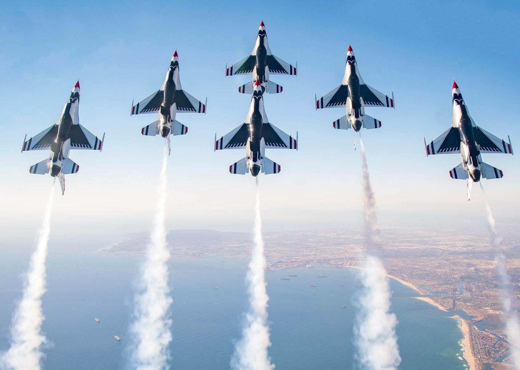 Air Show Cleveland 2020.Thunderbirds Make Triumphant Return To Reno Air Races